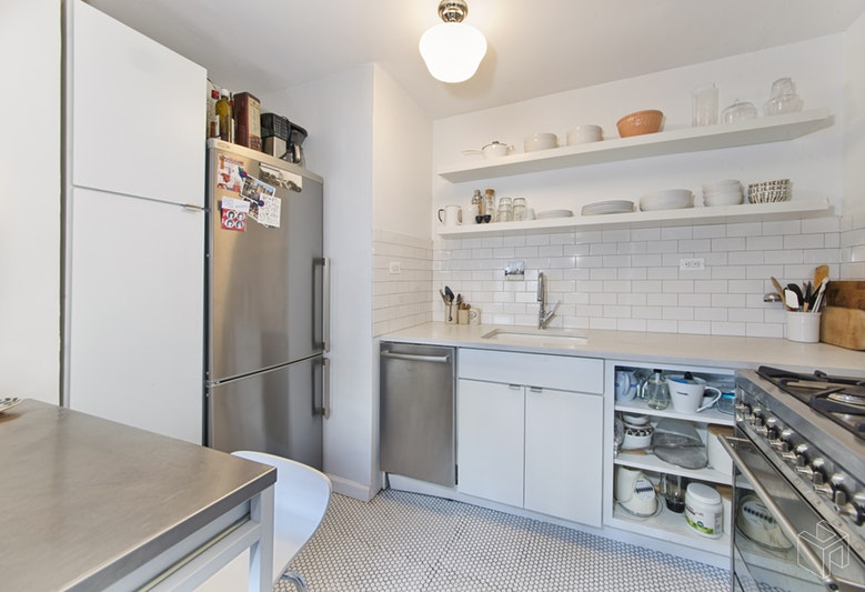 413 Grand Street, Lower East Side, NYC, 10002, $529,000, Sold Property, Halstead Real Estate, Photo 3