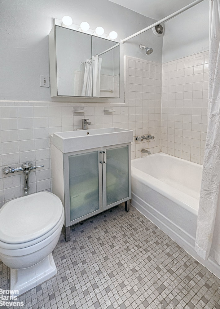 229 East 28th Street, Murray Hill Kips Bay, NYC, 10016, Price Not Disclosed, Rented Property, Halstead Real Estate, Photo 4