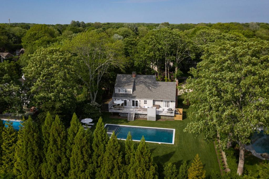 64 Hedges Lane, Amagansett, NY, 11930, $4,895,000, Property For Sale, Halstead Real Estate, Photo 16