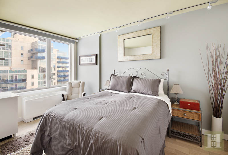22 North 6th Street 14g, Williamsburg, Brooklyn, NY, 11249, $899,000, Sold Property, Halstead Real Estate, Photo 3