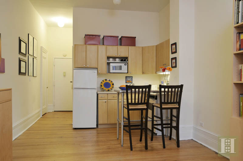 140 West 69th Street, Upper West Side, NYC, 10023, Price Not Disclosed, Rented Property, Halstead Real Estate, Photo 2